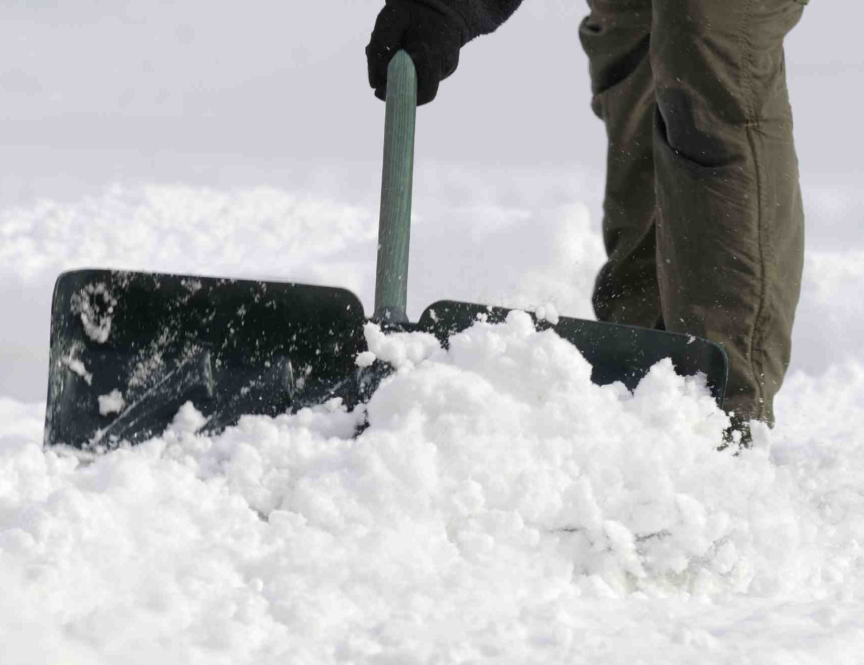 how to break ice when shovelling